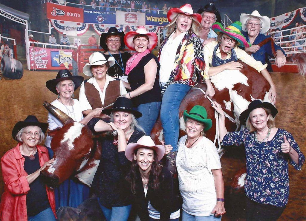 APH 2016 - Bull Riding at Billy Bob's